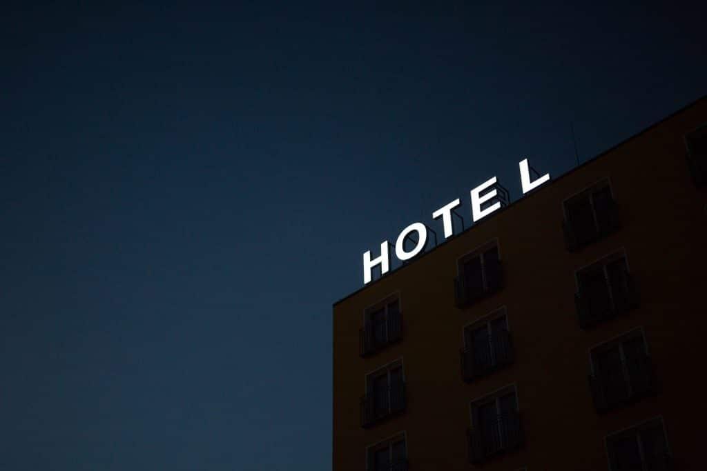 Hotels and restaurant seasonal jobs