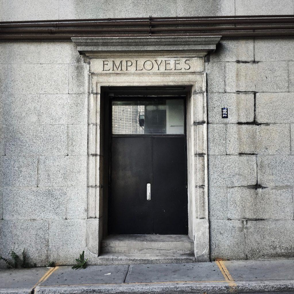 Online recruitment tips for employers posting jobs online.